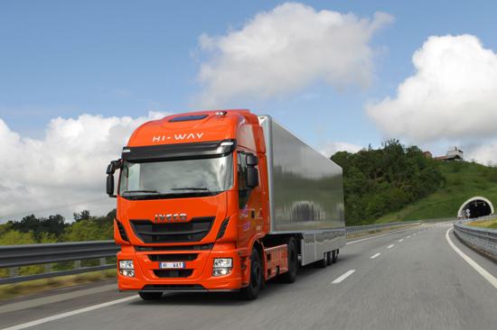 "Novo Iveco Stralis Hi-Way é eleito ""Truck Of The Year 2013"" STRALIS Hi Way TruckoftheYear2013"