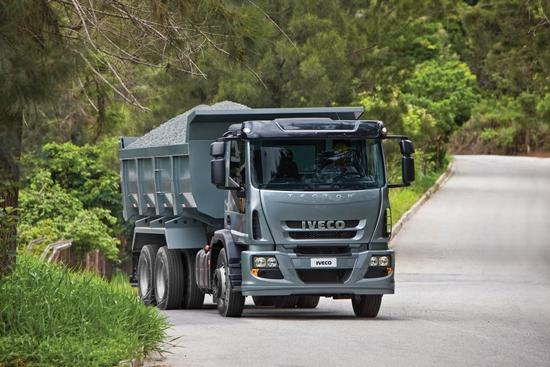 Até 2014, BR-040 e BR-116 terão postos de parada para caminhão 2102 Paradas BRs
